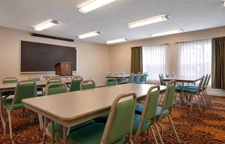 Best Western Suites - Hotel - 25