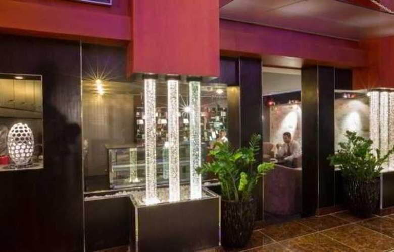 Elegance Castle Hotel - General - 8