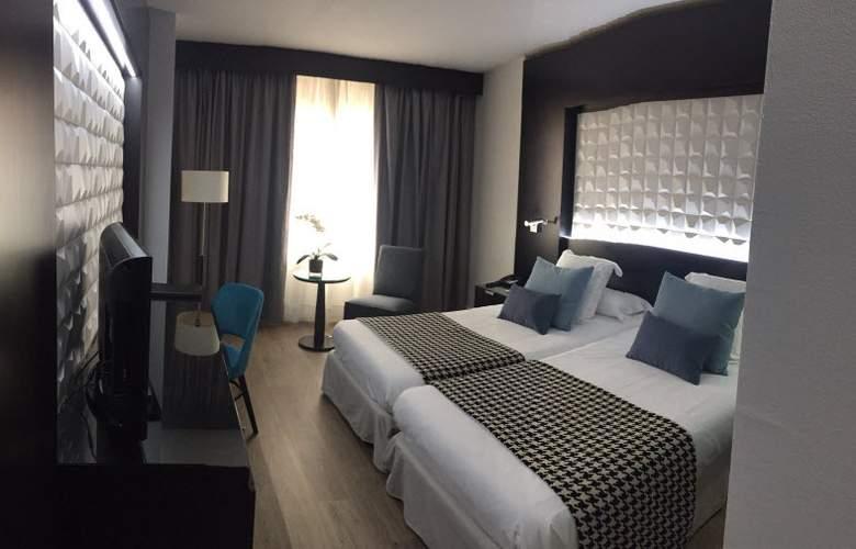 Intur Castellon - Room - 15