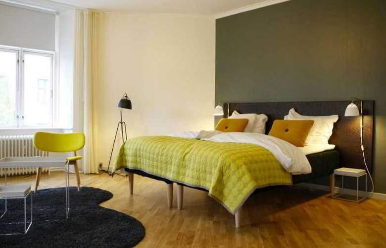 Ibsens - Room - 1