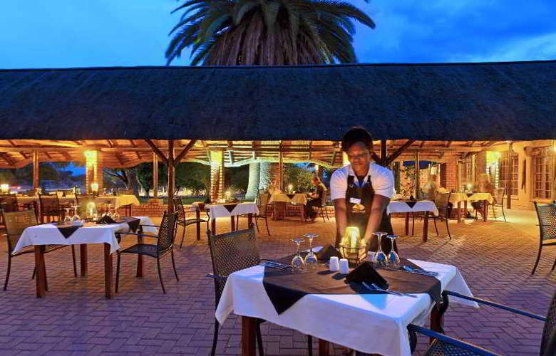 Kalahari Anib Lodge - Restaurant - 5