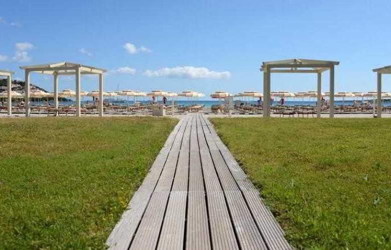 Abi d'Oru - Beach - 16