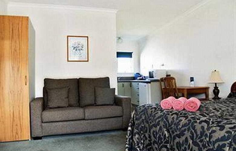 Charles Court Motel - Room - 3