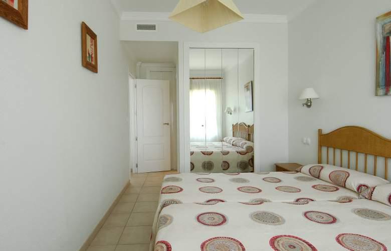 Apartamentos Oliva Nova Golf - Room - 13