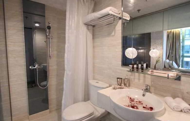 M1 Hotel - Room - 3