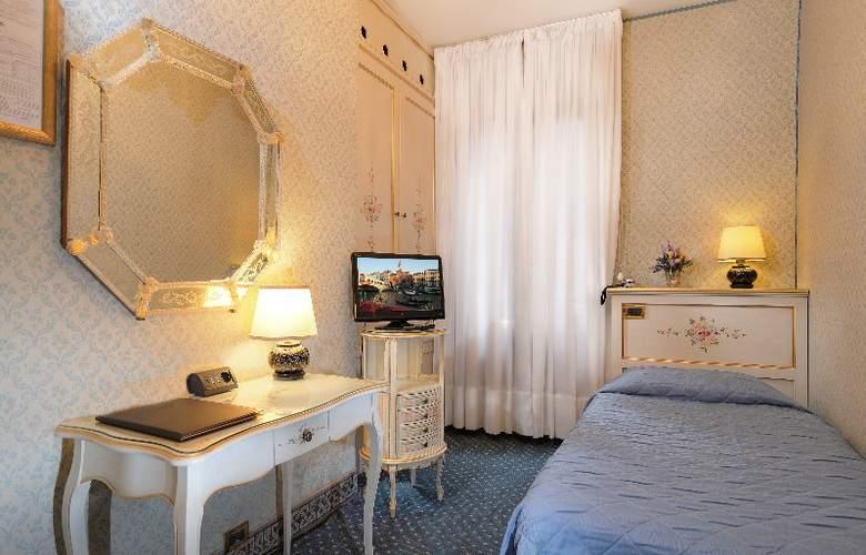 Rialto - Room - 15