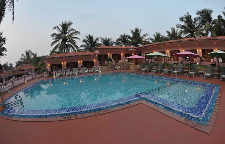 Leoney Resort - Pool - 19