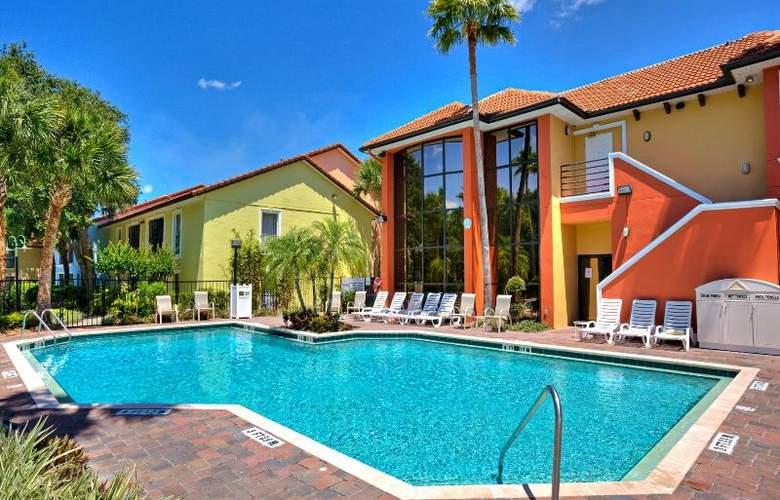 Legacy Vacation Club Lake Buena Vista - Pool - 19