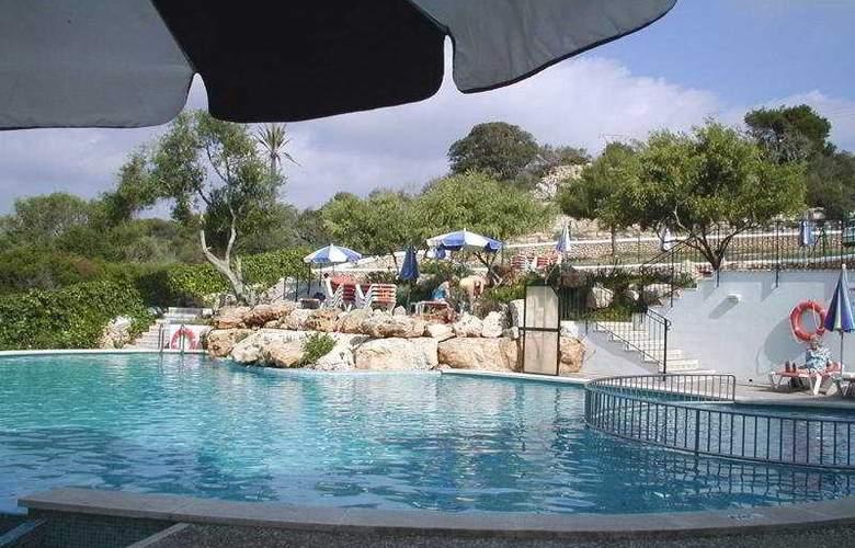 Xuroy - Pool - 4