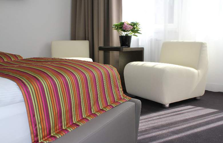 Platinum Palace Serviced Apartments Poznan - Room - 7