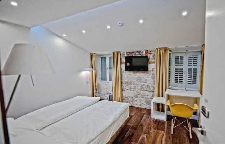 Jupiter Luxury Hotel - Room - 13