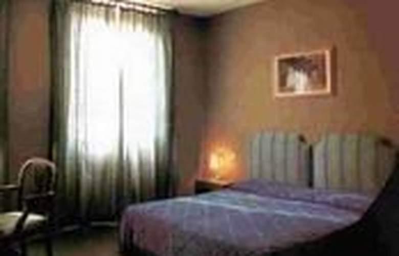 Rex - Room - 1