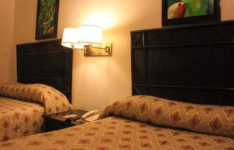 El Napolitano - Room - 9