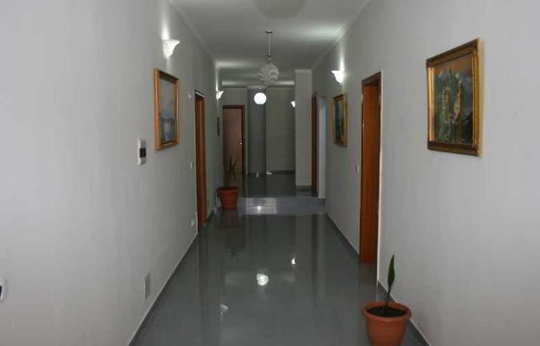 Kristal Hotel - Hotel - 3