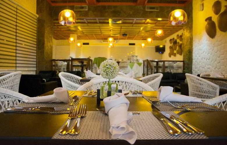 Hotel Casino Internacional - Restaurant - 16