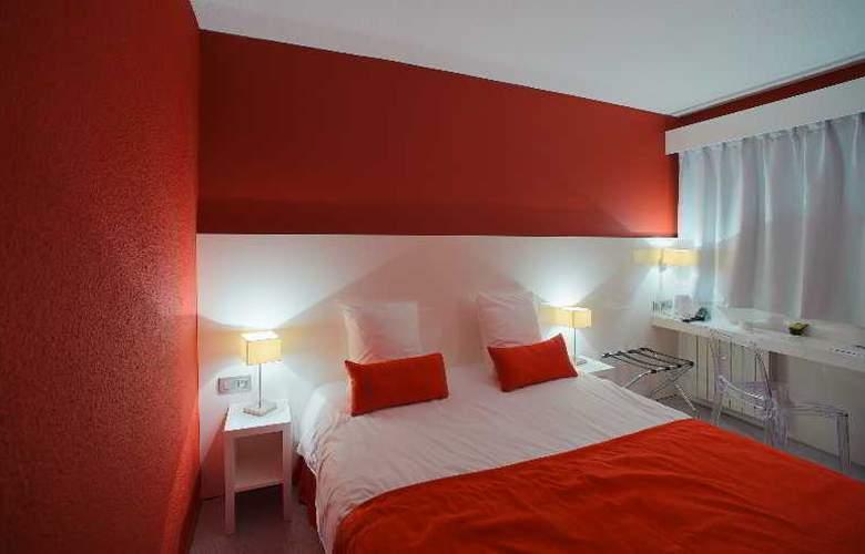 Inter-Hotel Central Parc - Room - 8