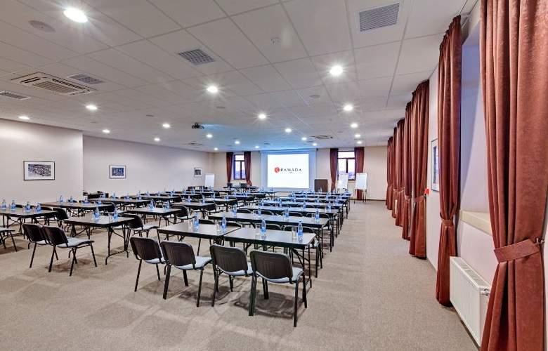 Ramada Lviv - Conference - 9