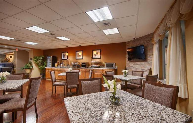 Best Western Plus New England Inn & Suites - Restaurant - 45
