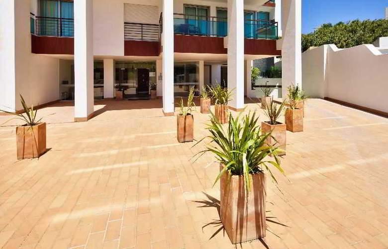 Villa Doris - Hotel - 7