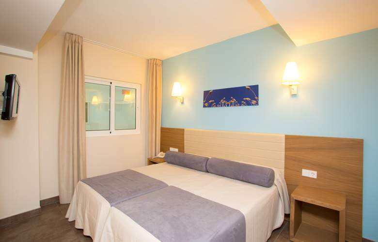 AV Hotels Don Pepe - Room - 7