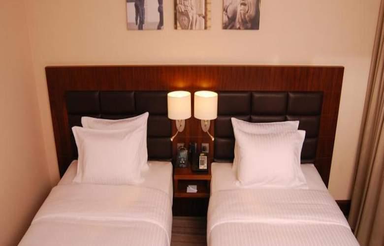Hilton Garden Inn Rzeszow - Room - 10