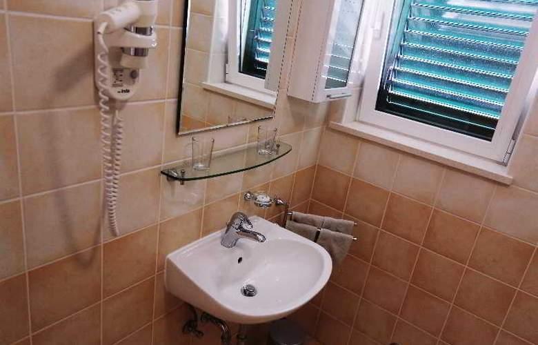 Pervanovo Apartments - Room - 25