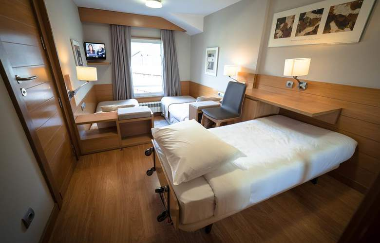Montarto - Room - 2