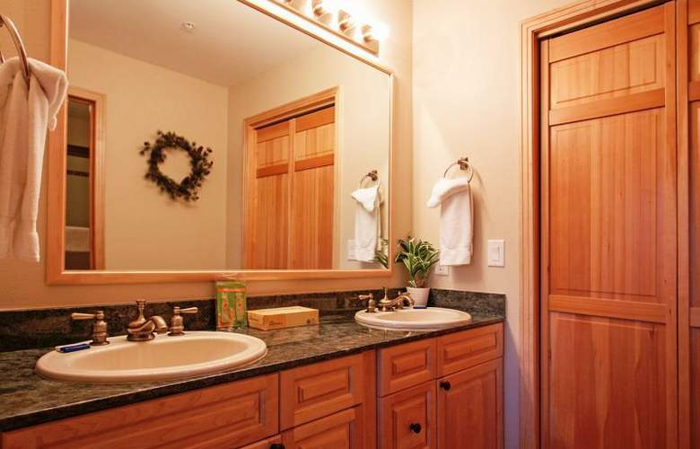 The Corral at Breckenridge by Great Western Lodgin - Room - 6