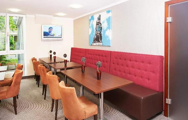 Leonardo Hotel & Residenz Muenchen - Bar - 21