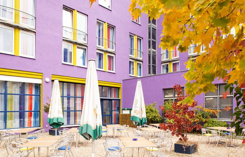 Ibis Styles Hotel Aachen City - Terrace - 5