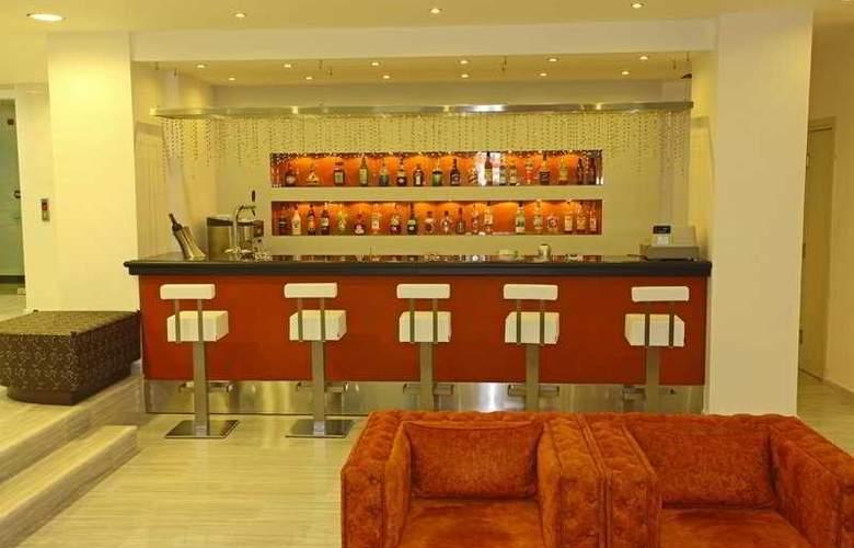 Olympic II Hotel Apartments  - Bar - 7