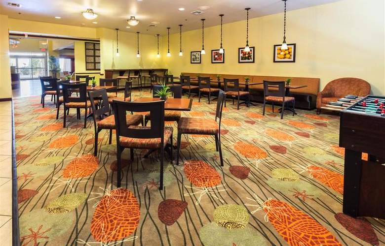 Best Western Plus Duncanville/Dallas - Restaurant - 111