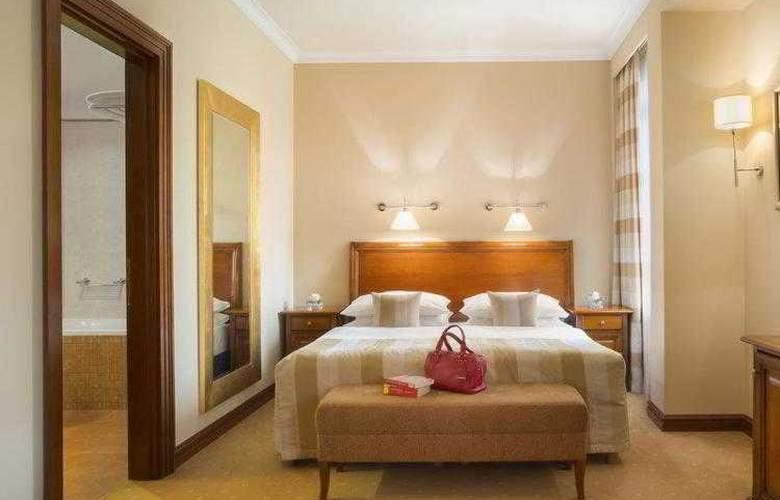 Best Western Premier Astoria - Hotel - 37