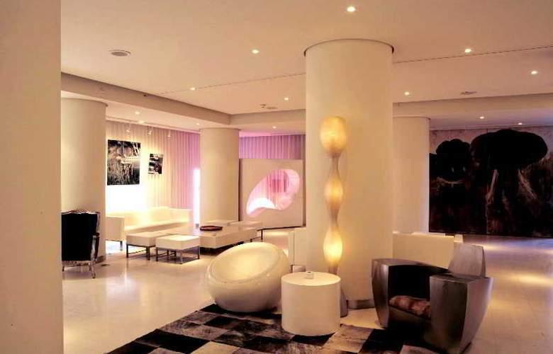 El Hotel Pacha - Bar - 9