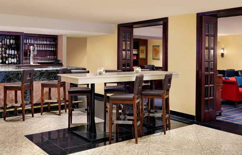 Sheraton Hotel Ottawa - Bar - 4