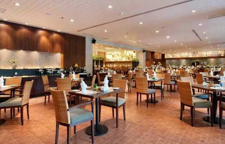 Hilton Phuket Arcadia Resort & Spa - Hotel - 16