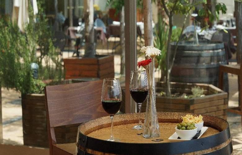 Port Sitges Resort - Bar - 17