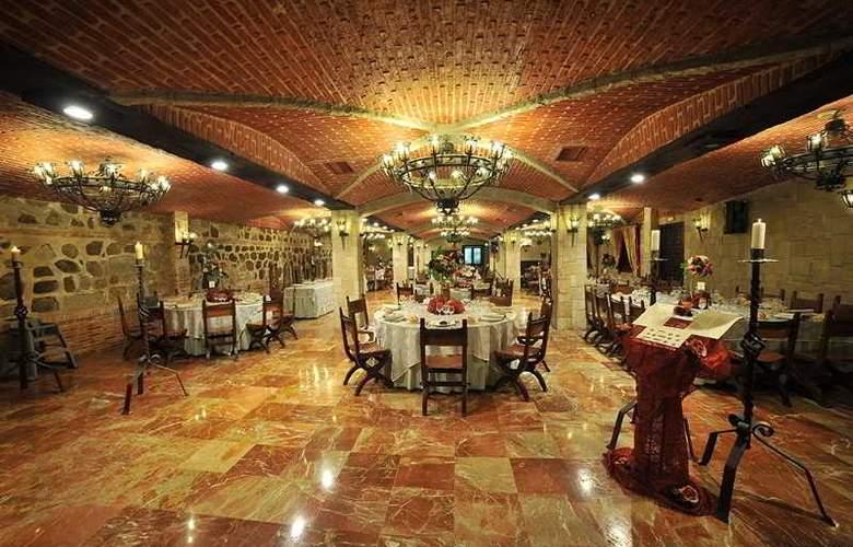 Alfonso VI - Restaurant - 57