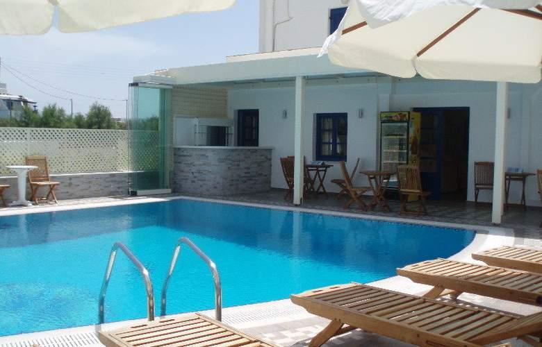 Katerina Hotel - Pool - 9