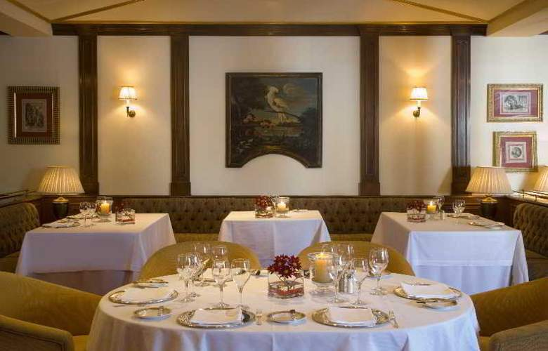 Los Monteros hotel and Spa - Restaurant - 35