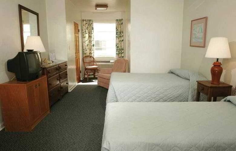 Driftwood Beach Inn - Room - 1