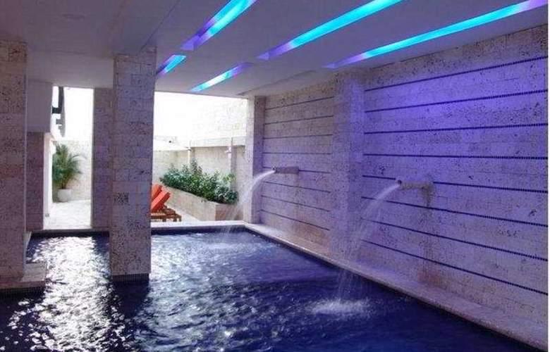 Madisson Inn Cartagena - Pool - 4