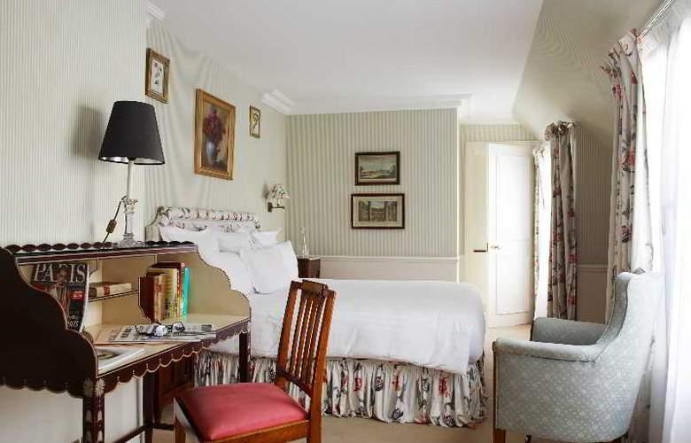 De Vigny - Room - 14