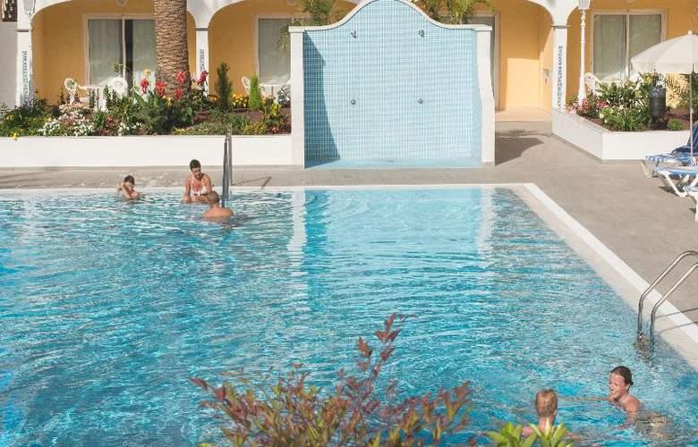 RF San Borondon - Pool - 11