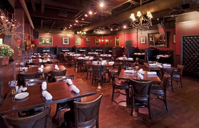 Best Western Plus White Bear Country Inn - Restaurant - 113