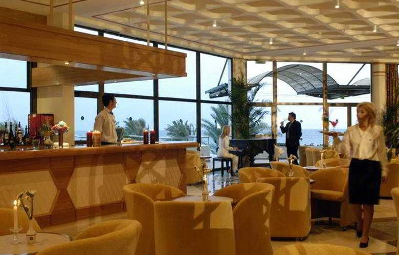 Constantinou Bros Athena Royal Beach Hotel - Bar - 6