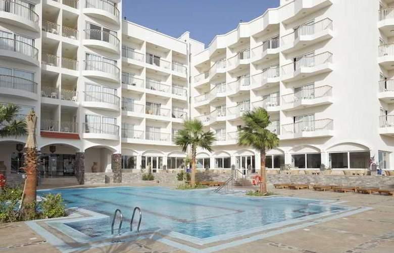 The Three Corners Royal Star Beach Resort - Pool - 2