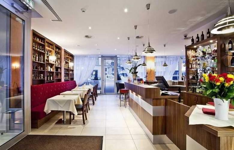 Ivbergs Htl Premium - Restaurant - 3