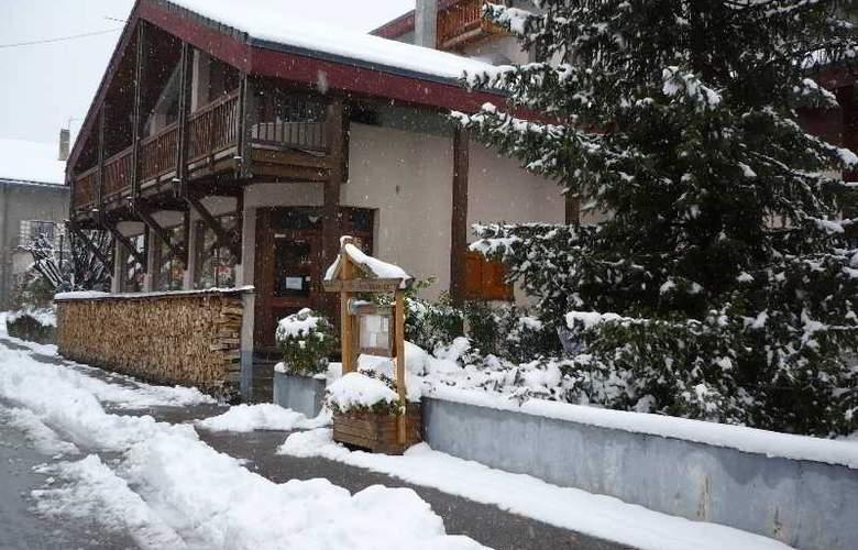 Homtel La Tourmaline - Hotel - 10