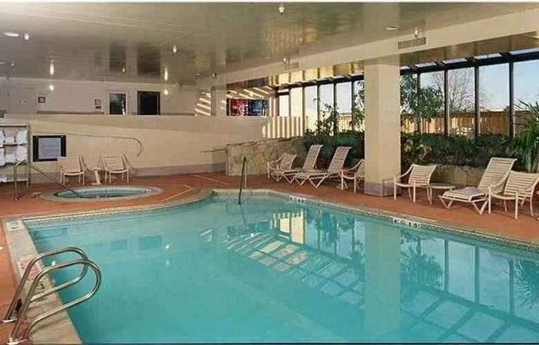 Embassy Suites Denver Aurora - Sport - 2
